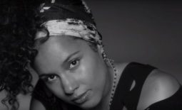 Alicia Keys sans maquillage